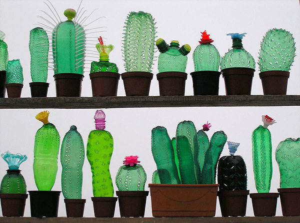 recycled-plasticbottleart-01