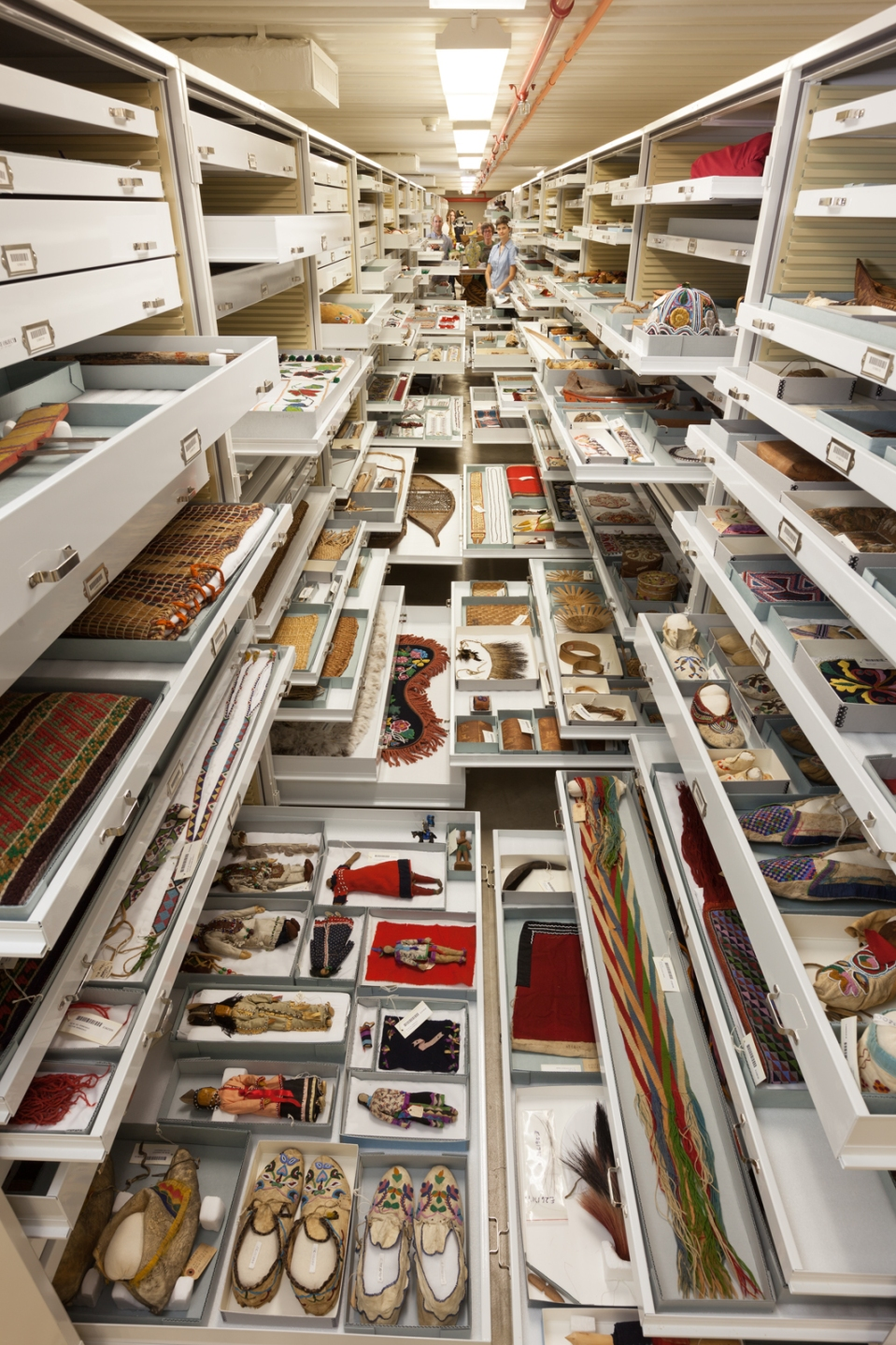 Anthropology Collections, Smithsonian Institution's Museum Support Center