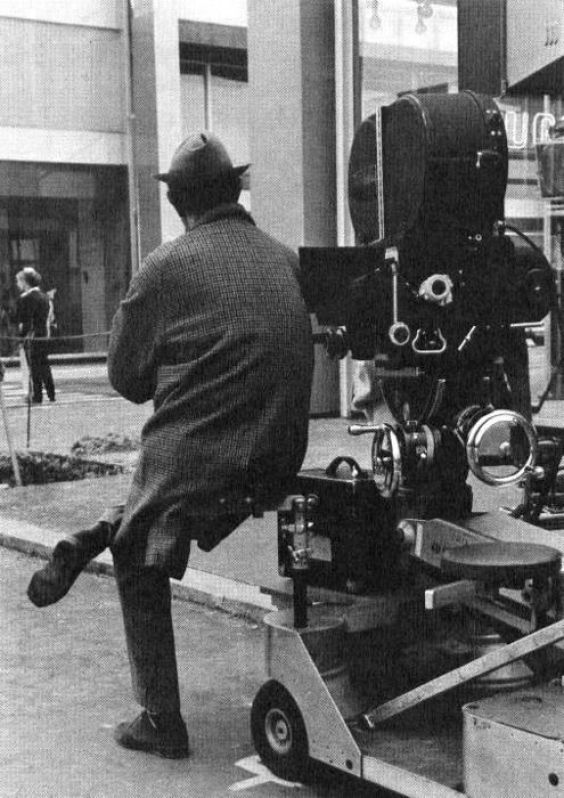 Jacques-Tati-French-filmmaker-actor-screenwriter-cool-dude-Hulot